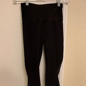 Lululemon Run Around Black Crop Legging Size 2